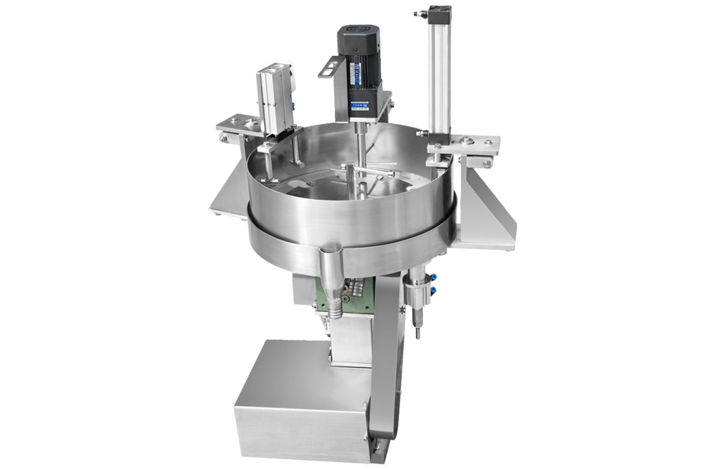 Contraction Cup Feeder